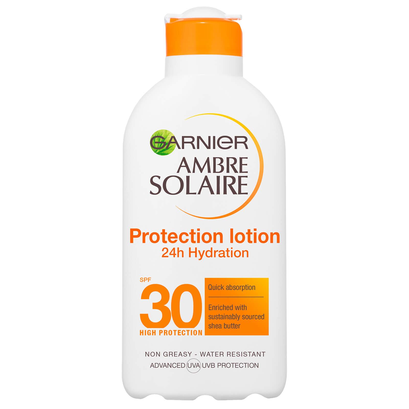 Image of Garnier Ambre Solaire Latte Solare Setoso Protezione Media SPF30 - 200 ml